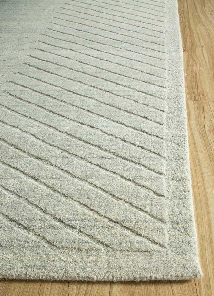 graze grey and black wool hand loom Rug - Corner