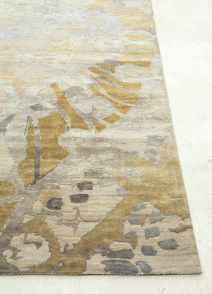pansy ivory wool and silk hand knotted Rug - Corner