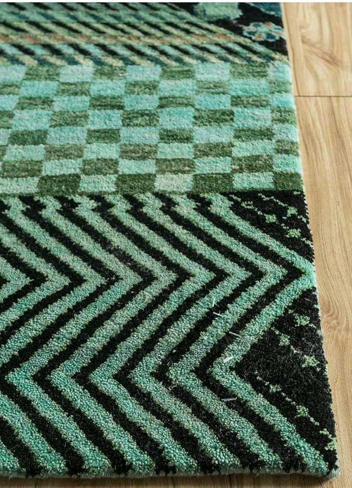 artisan originals green wool hand knotted Rug - Corner