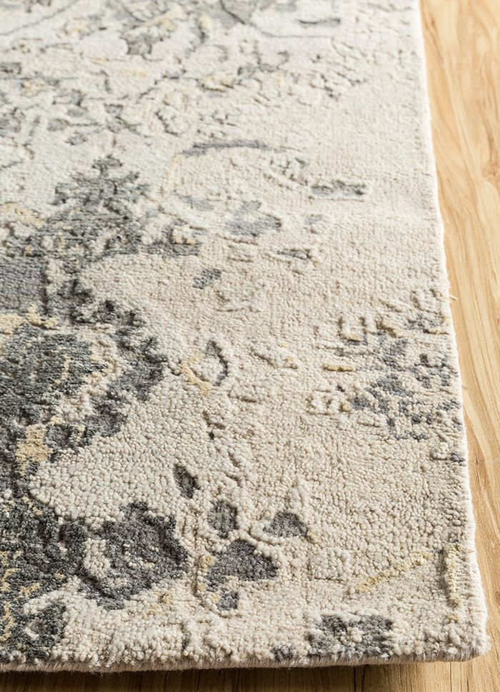 far east ivory wool and silk hand knotted Rug - Corner