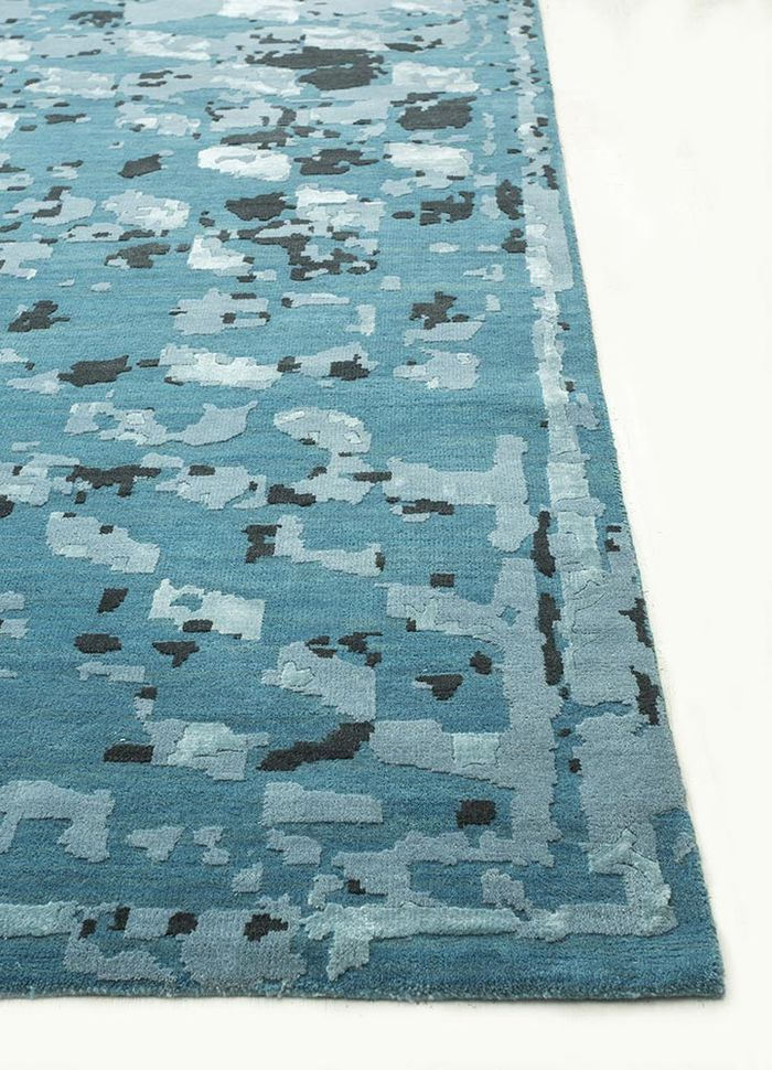 mezcla blue wool and bamboo silk hand knotted Rug - Corner