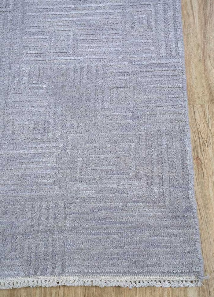 entropy grey and black wool and silk hand knotted Rug - Corner