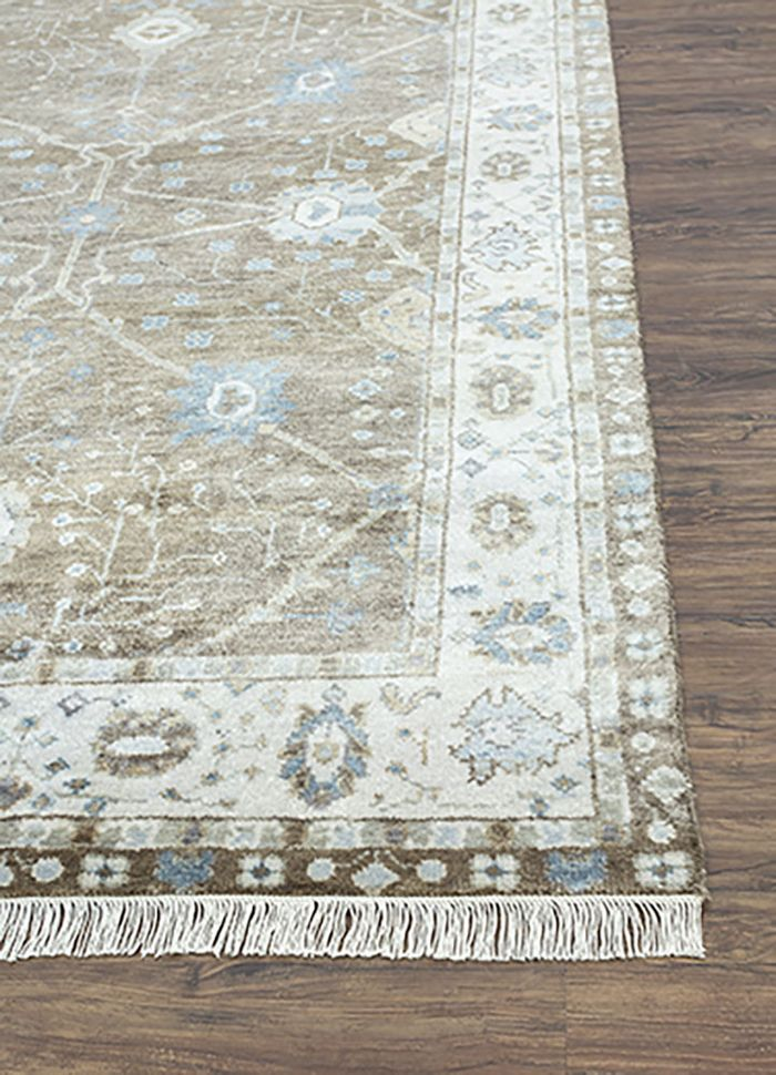 liberty grey and black wool hand knotted Rug - Corner