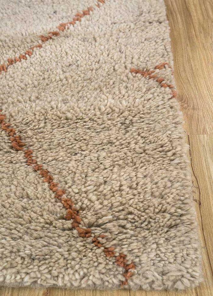zuri beige and brown wool hand knotted Rug - Corner
