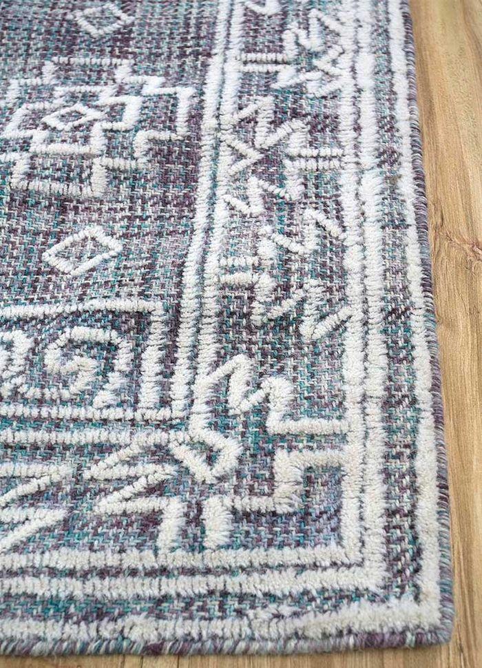 kilan blue wool hand tufted Rug - Corner