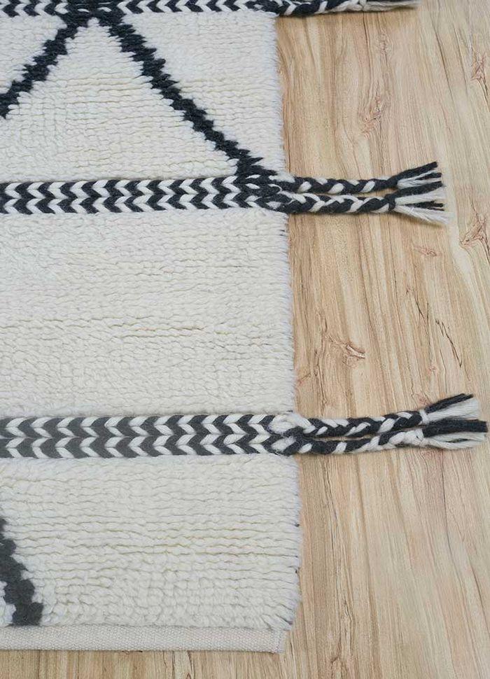 anatolia ivory wool flat weaves Rug - Corner