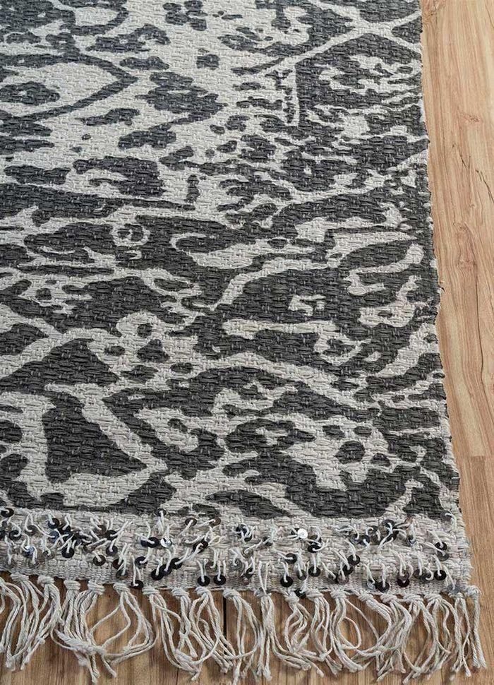 heritage grey and black wool flat weaves Rug - Corner