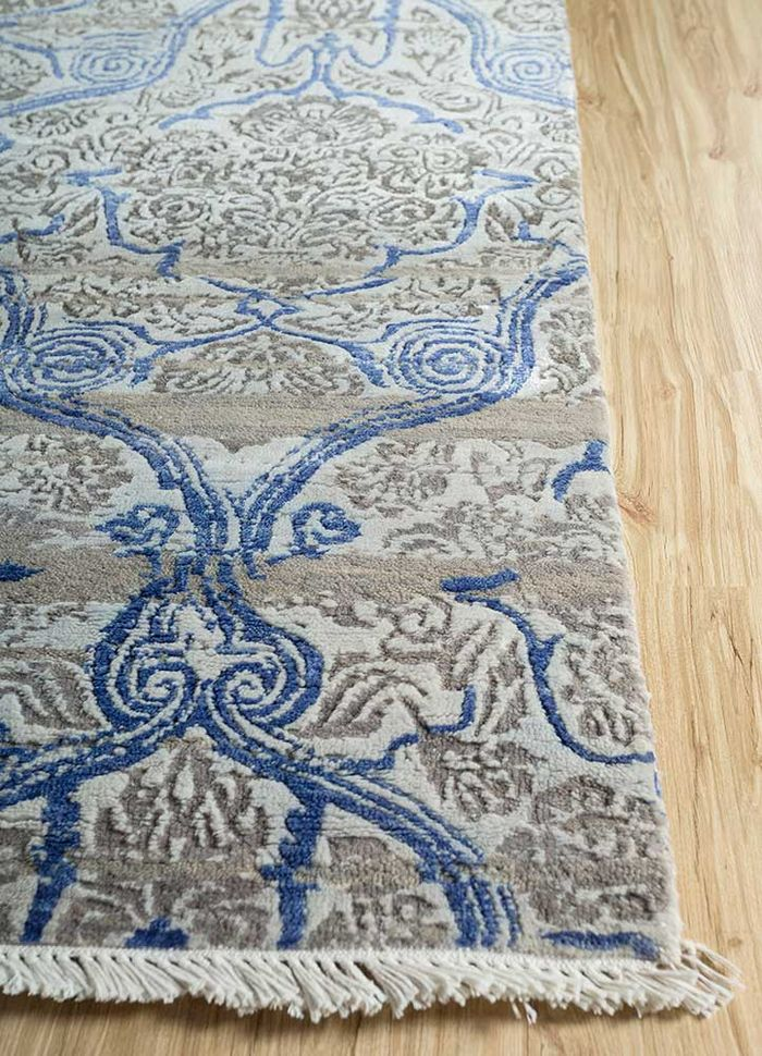 floret blue wool and bamboo silk hand knotted Rug - Corner