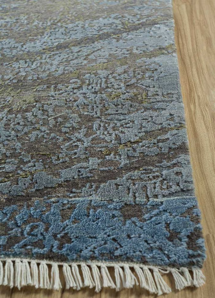 memoir beige and brown wool and bamboo silk hand knotted Rug - Corner