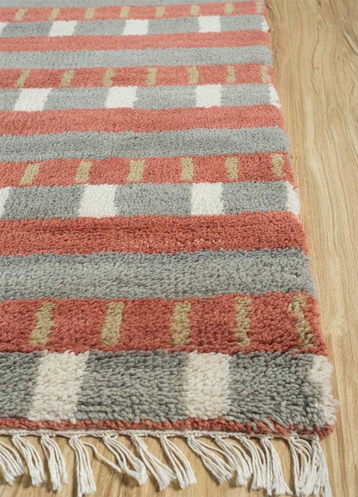 geode blue wool hand knotted Rug - Corner