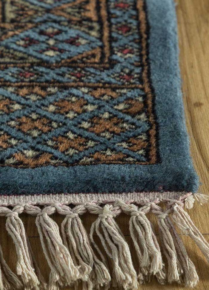 kiaan blue wool hand knotted Rug - Corner