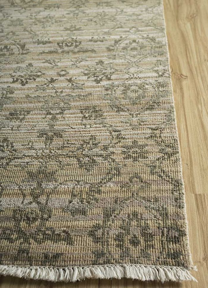 viscaya blue wool and silk hand knotted Rug - Corner