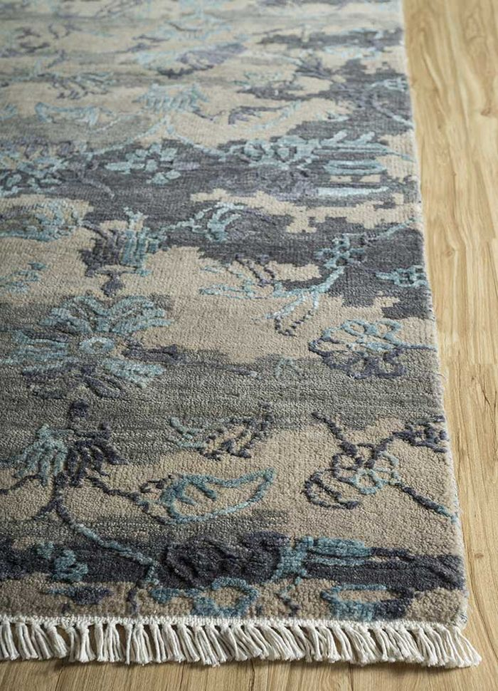 blithe blue wool and viscose hand knotted Rug - Corner