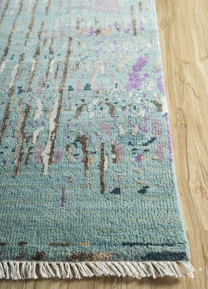 entropy green wool and viscose hand knotted Rug - Corner