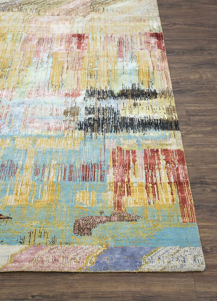 unstring by kavi gold wool and bamboo silk hand knotted Rug - Corner