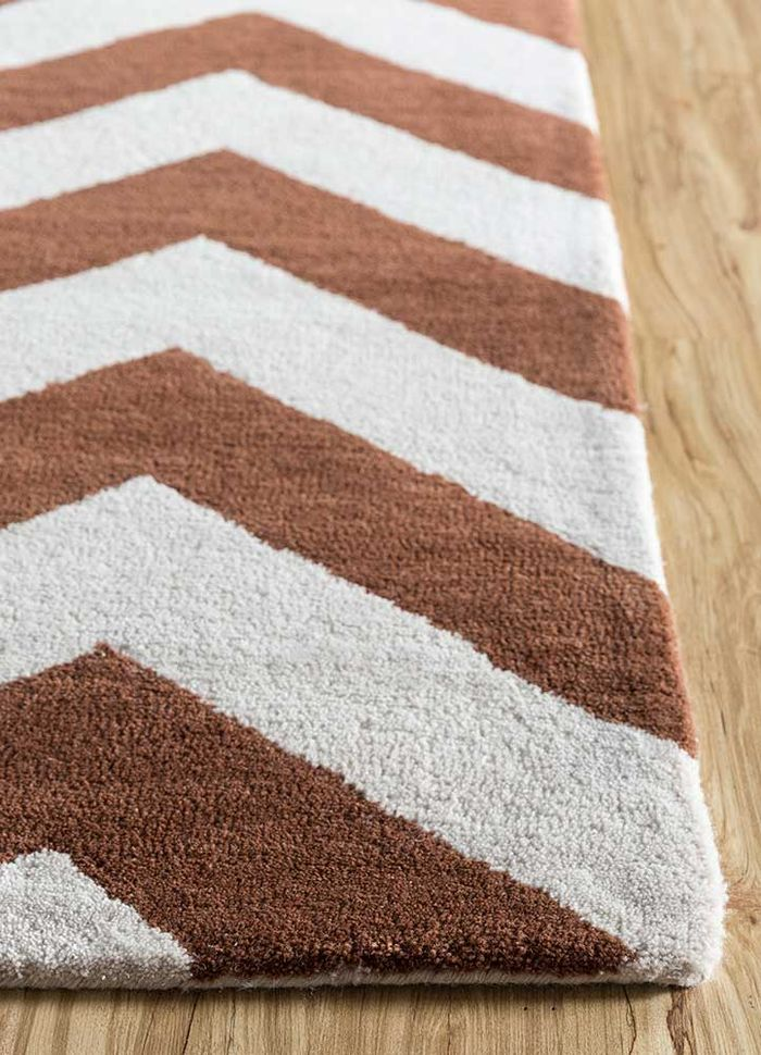 contour red and orange wool hand tufted Rug - Corner