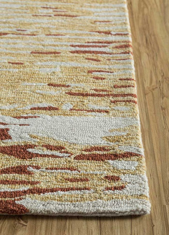 transcend ivory wool and bamboo silk hand tufted Rug - Corner