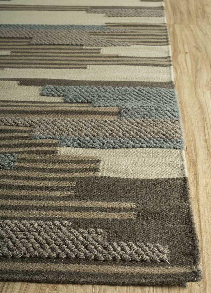 heritage gold wool flat weaves Rug - Corner