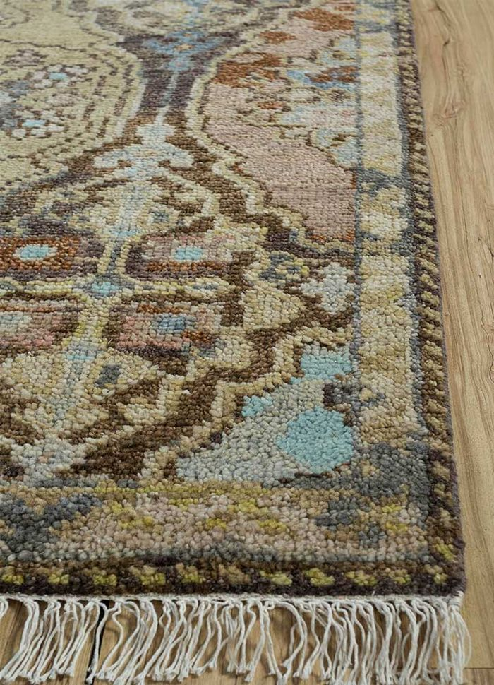 floret beige and brown wool hand knotted Rug - Corner