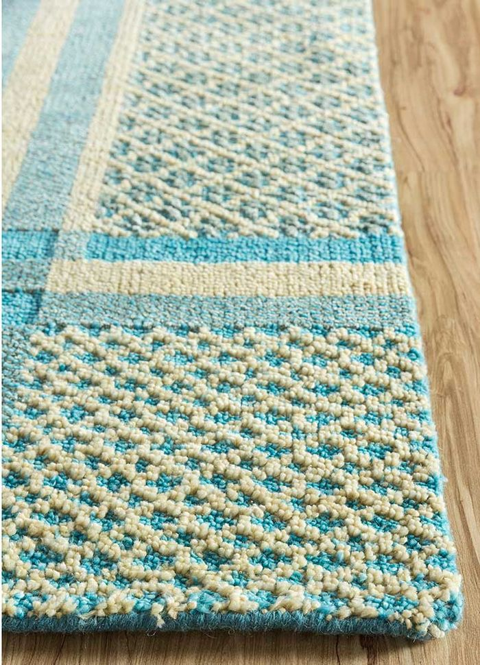 esme blue wool and bamboo silk hand knotted Rug - Corner