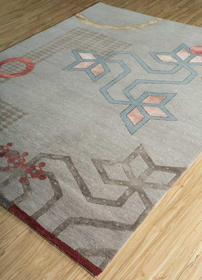 kolam grey and black wool and bamboo silk hand knotted Rug - FloorShot
