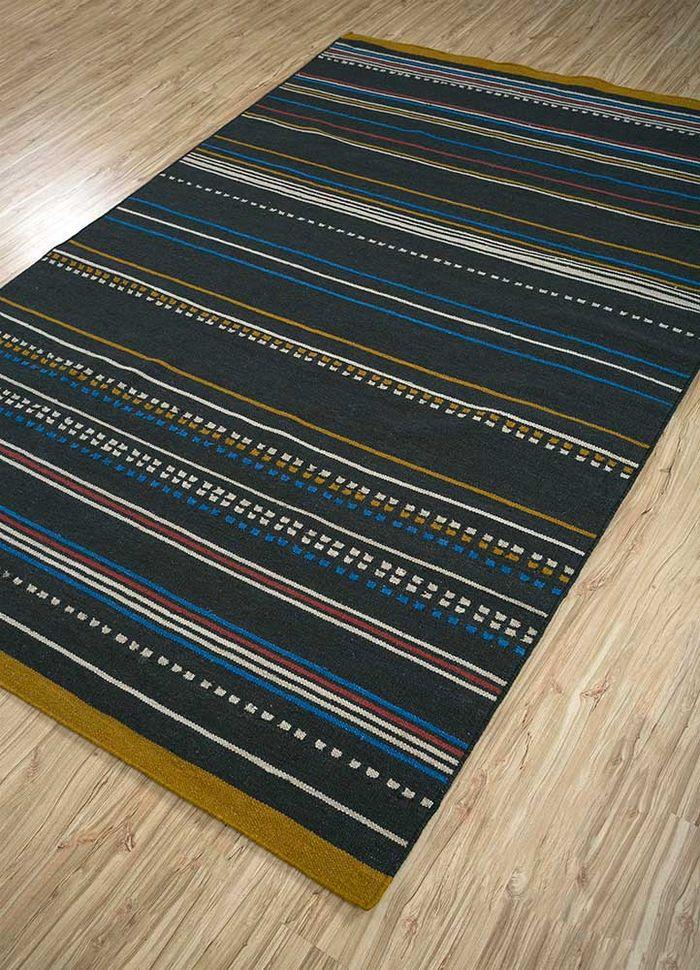 aprezo grey and black wool flat weaves Rug - FloorShot