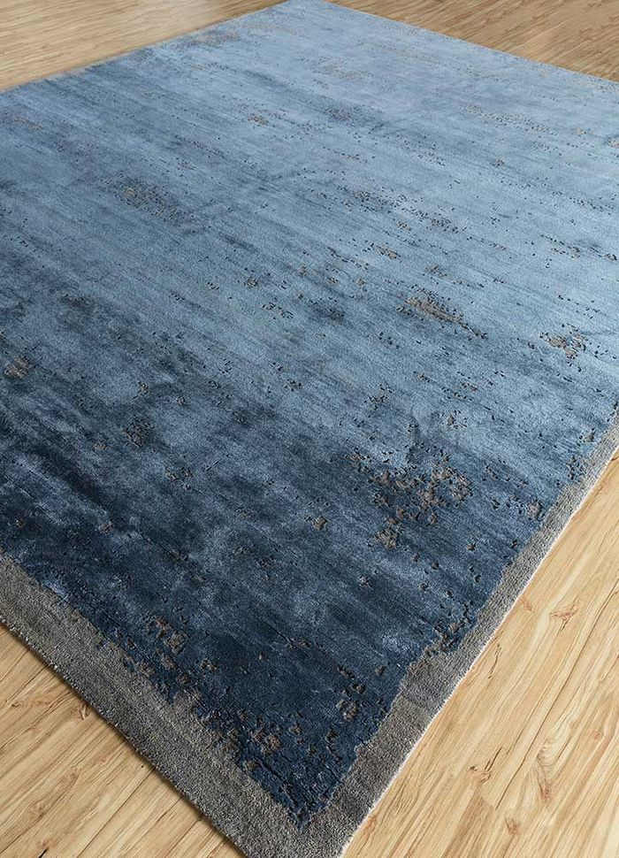 urban pause by kavi blue wool and bamboo silk hand knotted Rug - FloorShot