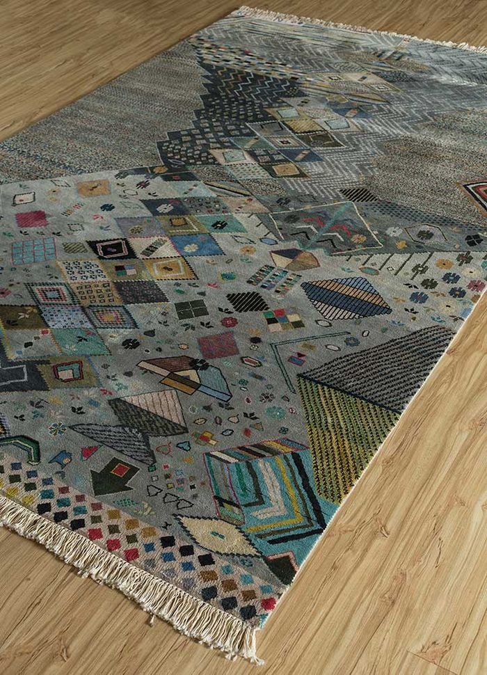 artisan originals grey and black silk hand knotted Rug - FloorShot