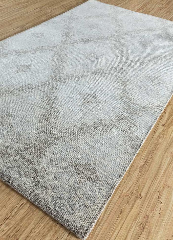 eden ivory wool and bamboo silk hand knotted Rug - FloorShot