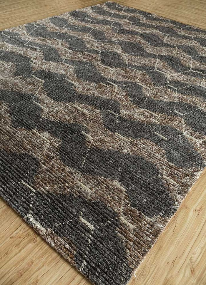 zuri beige and brown wool hand knotted Rug - FloorShot