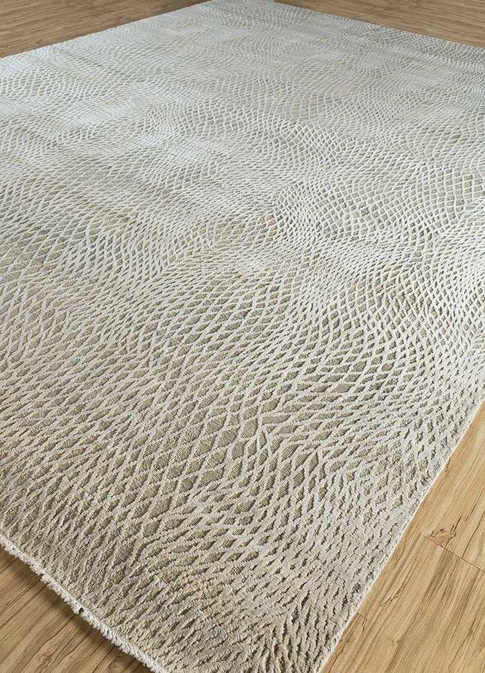 safari ivory wool and silk hand knotted Rug - FloorShot