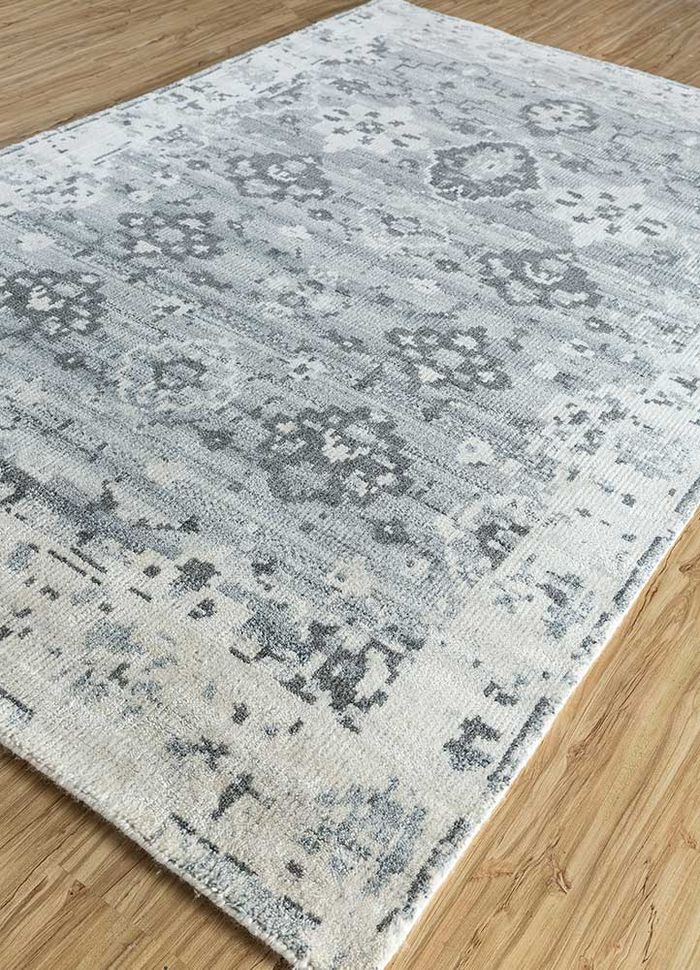eden ivory wool and viscose hand knotted Rug - FloorShot