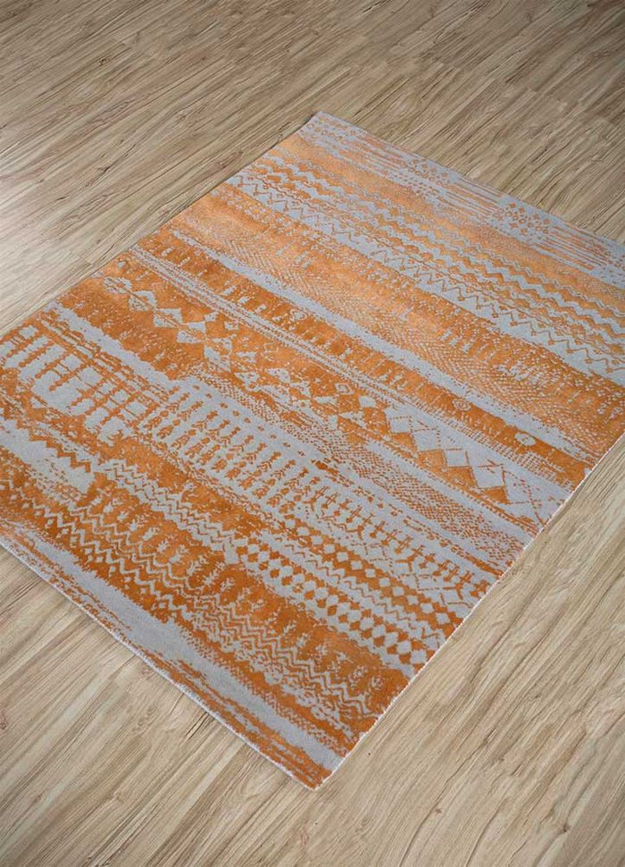 weave friction ivory wool and silk hand knotted Rug - FloorShot