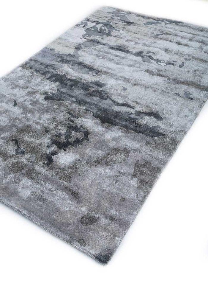 transcend grey and black viscose hand tufted Rug - FloorShot