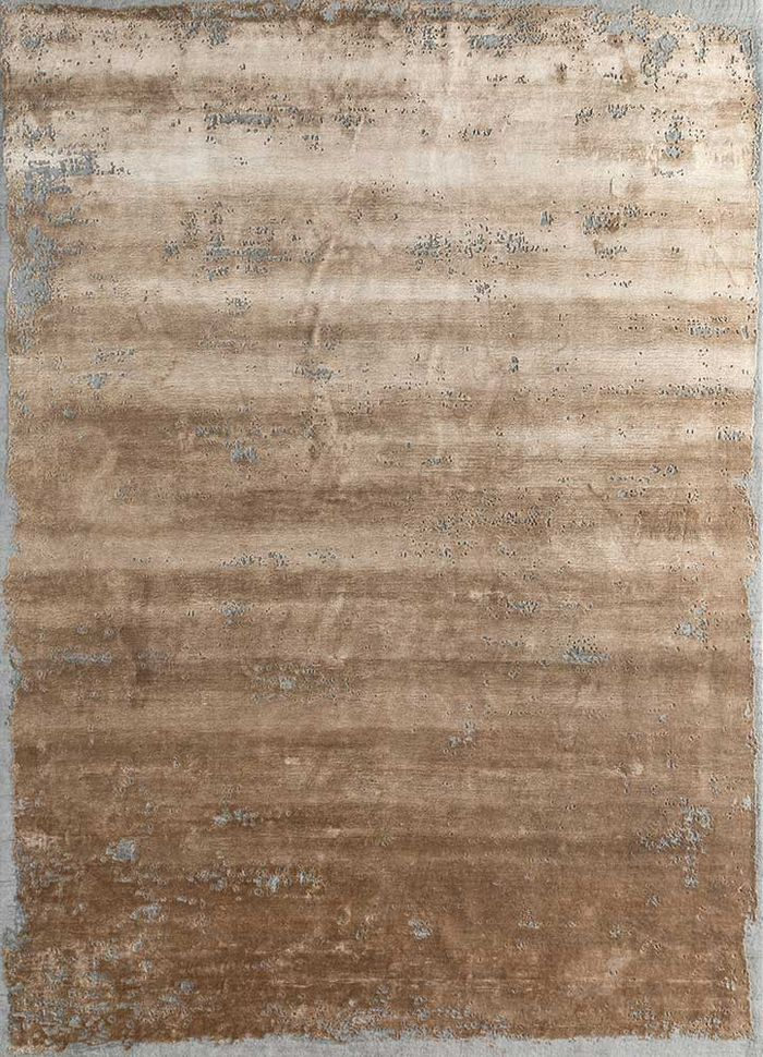 urban pause by kavi gold wool and bamboo silk hand knotted Rug - HeadShot