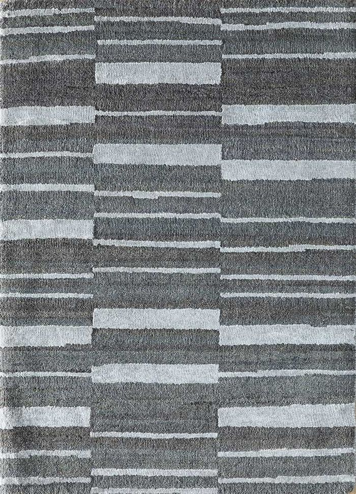 cleo blue wool and bamboo silk hand knotted Rug - HeadShot