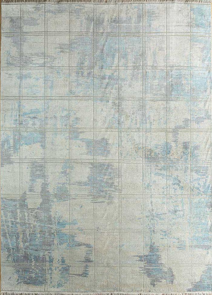 memoir blue wool and silk hand knotted Rug - HeadShot