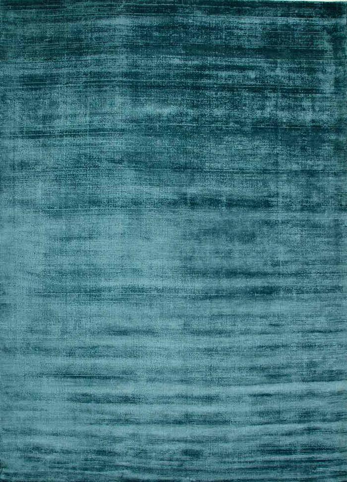basis blue viscose hand loom Rug - HeadShot