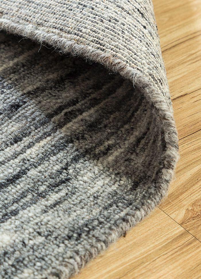 eron grey and black wool hand loom Rug - Loom