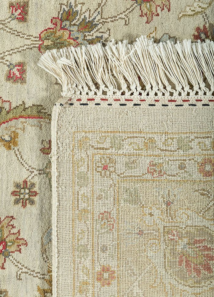 kashmir ivory silk hand knotted Rug - Perspective