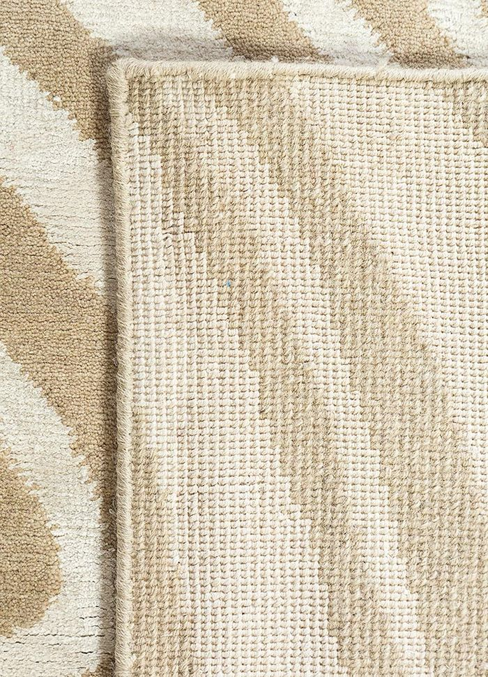 safari beige and brown wool and bamboo silk hand knotted Rug - Perspective
