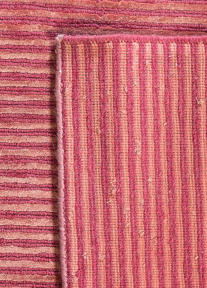 legion pink and purple wool and viscose hand knotted Rug - Perspective