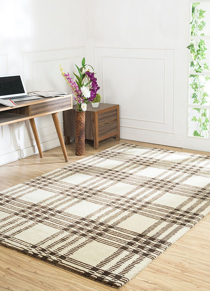 traverse ivory wool and viscose hand tufted Rug - RoomScene